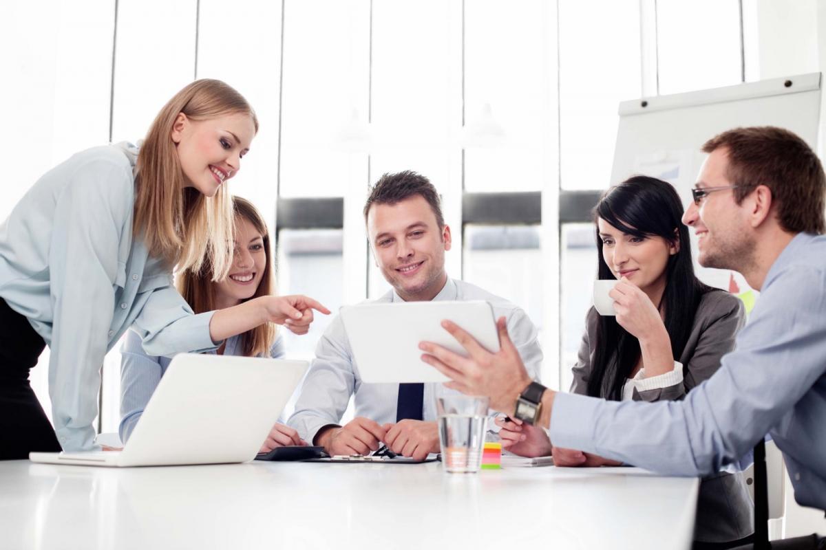 Ngành quản trị kinh doanh là ngành có thể đi du học rất hot.