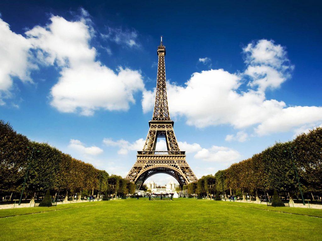 Pháp cũng nằm trong các nước du học không mất học phí.