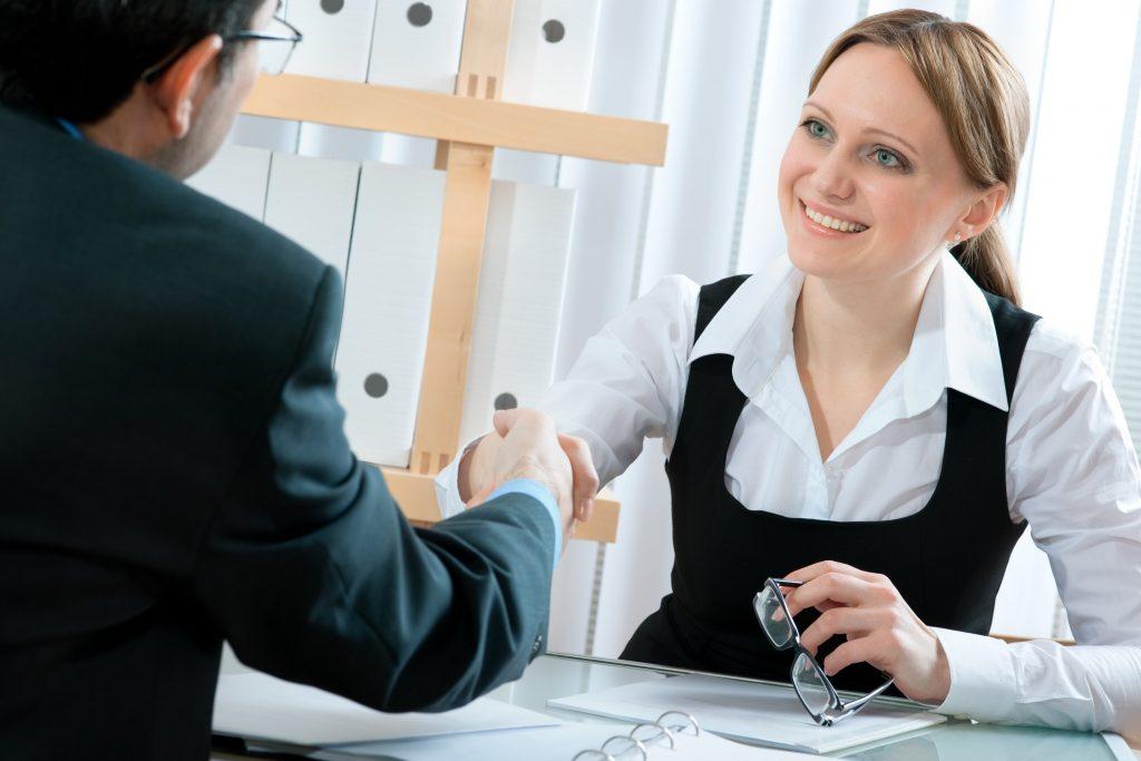 Hãy chuẩn bị tốt Tiếng Anh để phỏng vấn du học cho người đã đi làm.