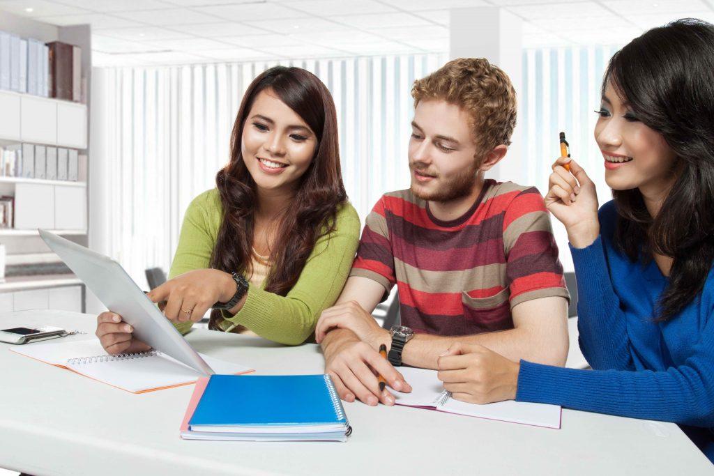 Học thạc sĩ tại Philippines giúp bạn cải thiện trình độ tiếng Anh nhanh chóng.