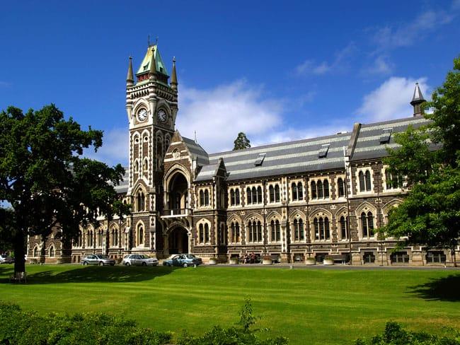 Đại học Otago là ngôi trường đầu tiên tại New Zealand