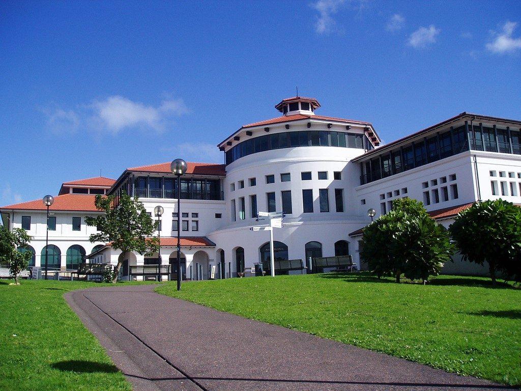 Trường Massey University