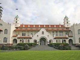 Trung học Auckland Grammar School New Zealand